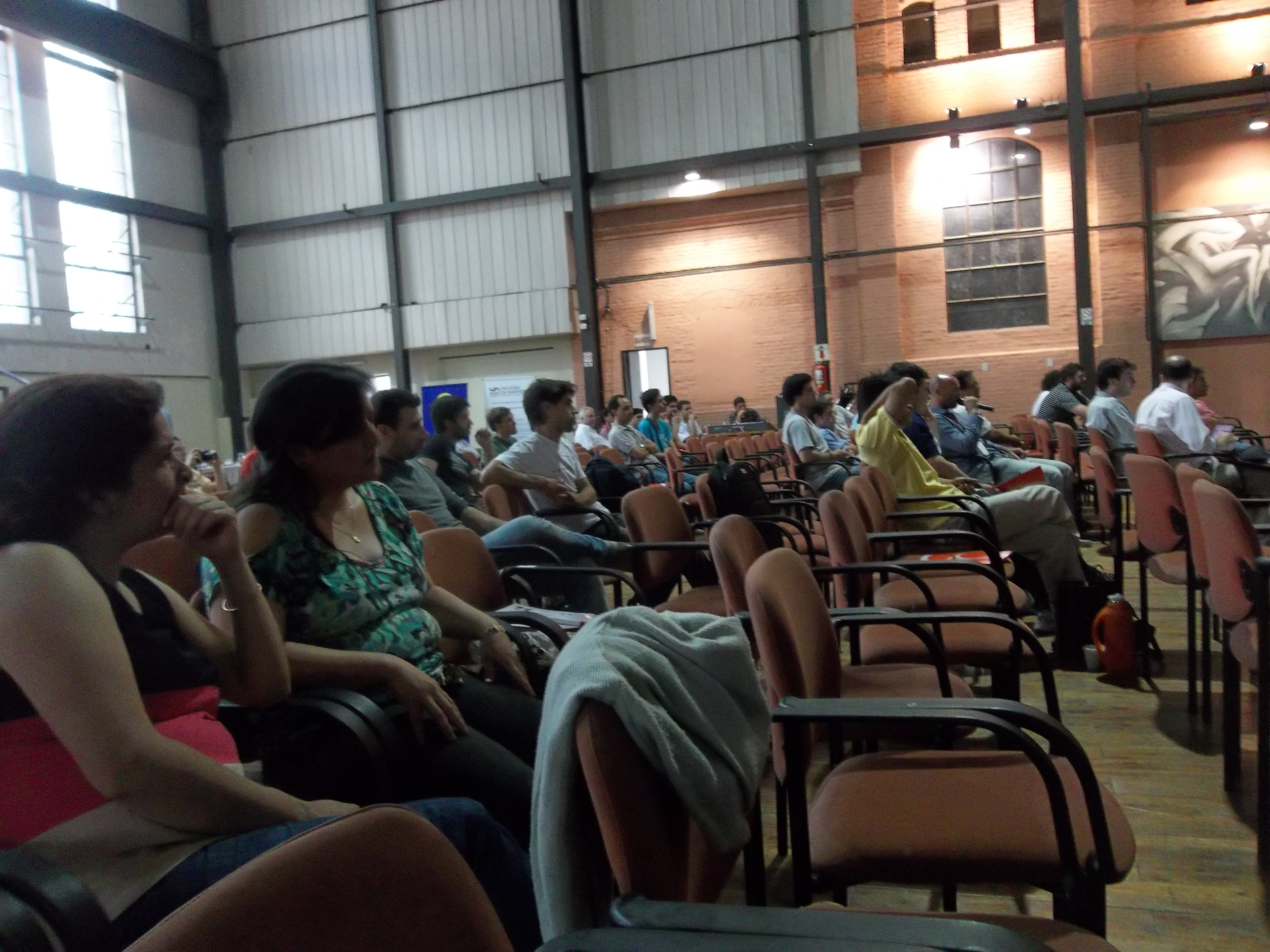 Questions from the audience at CRSL (GUGLER), Vieja Usina, Paraná