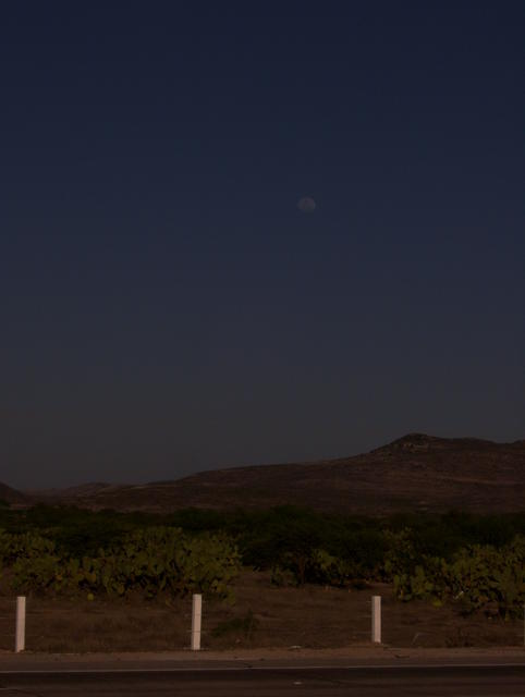 The moon rising over Guanajuato's Sierra Gorda