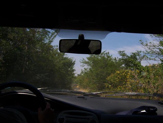 A road blockade in Niltepec imposed a slight delay…