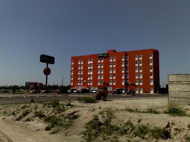 City Junior hotel
