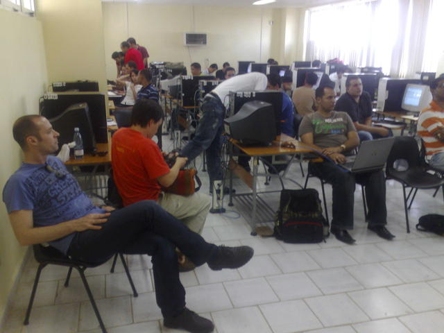 During Nahum Castro's work session on PostGIS / MapServer