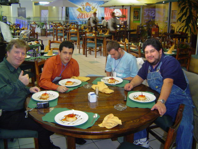 After a great lunch with Randall, Amnesiac, Raúl and Giovanni