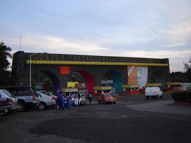 Oaxtepec main entrance!