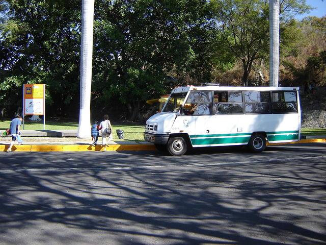 Inner bus, for moving inside Oaxtepec