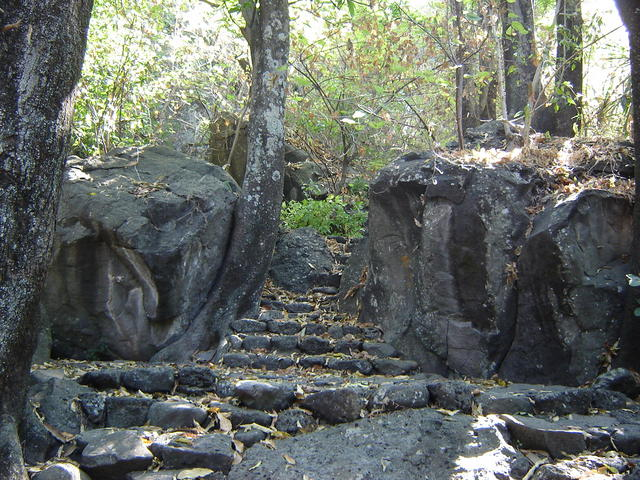 Prehispanic stairs, leading down from the Parliamentary Tower to the Bungalows area