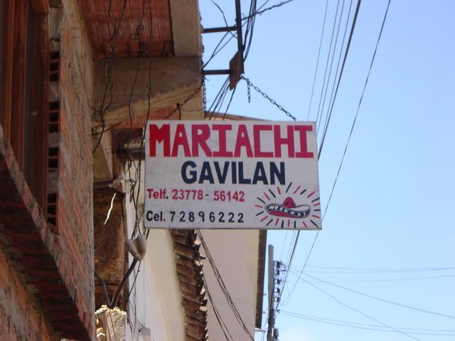 Mariachis!