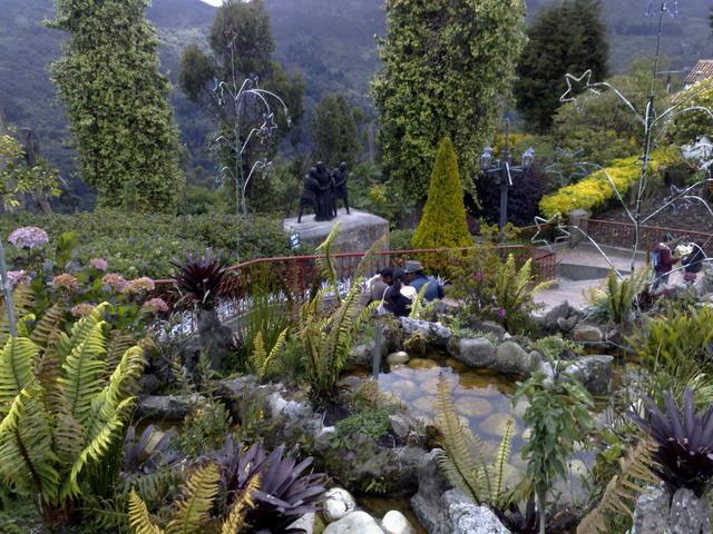 Monserrate's gardens