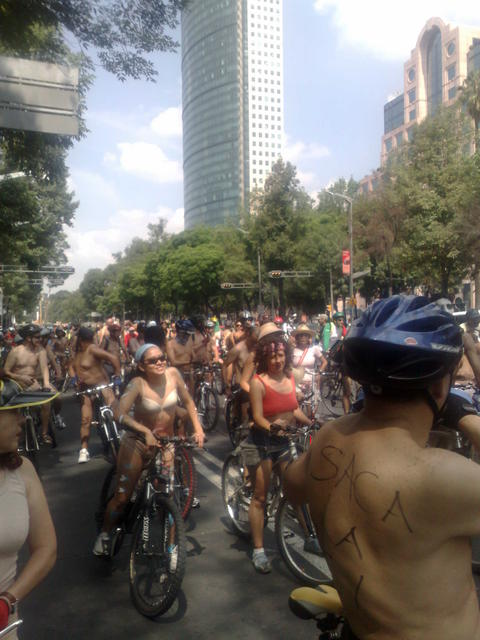 World Naked bike Ride Mexico 2010
