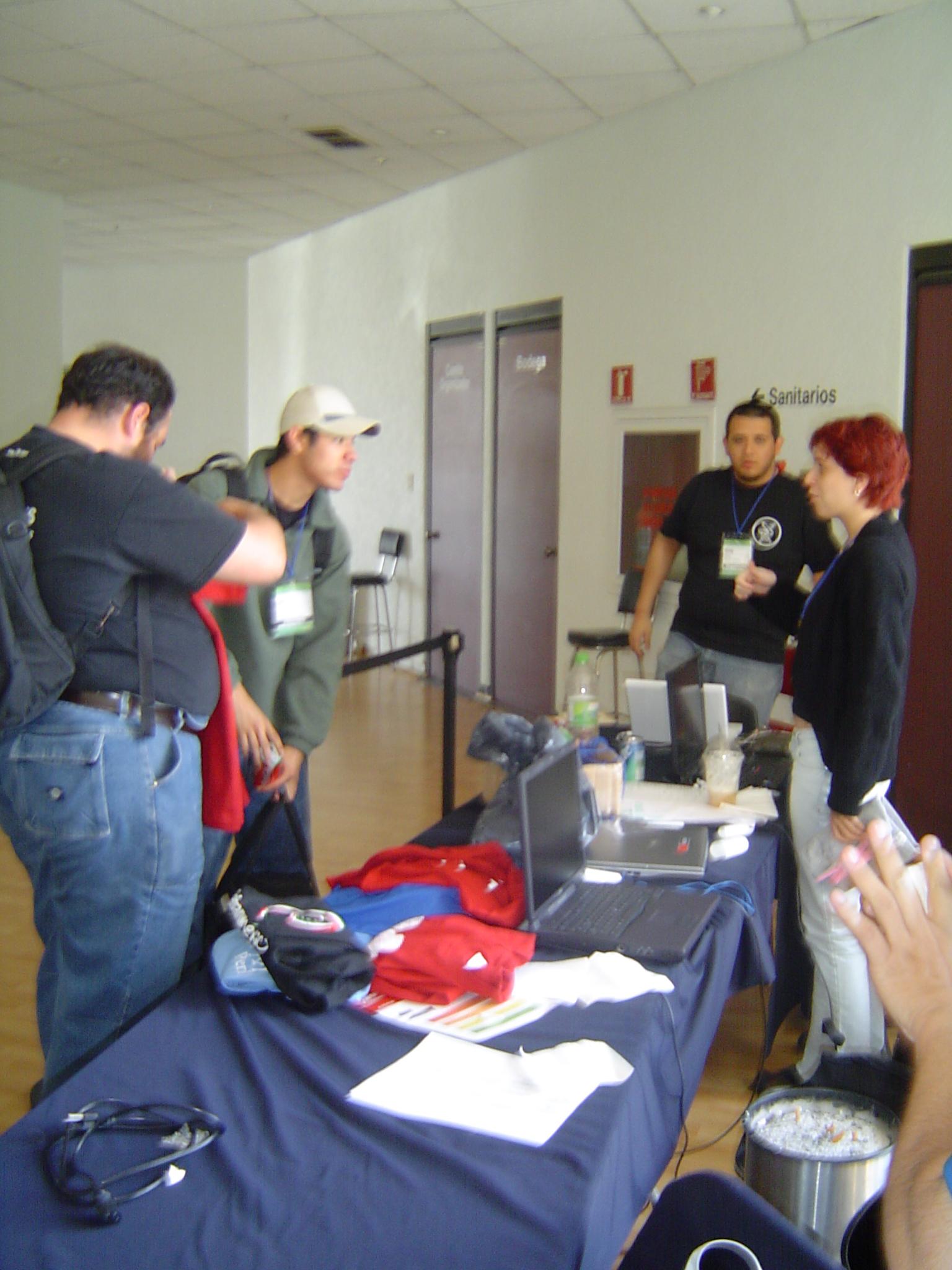 Selling Debian and Perl T-shirts, with Zimri, Damog and Nanda