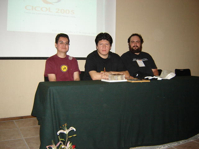 """At the """"random questions"""" panel with Tigrux and Javier"""