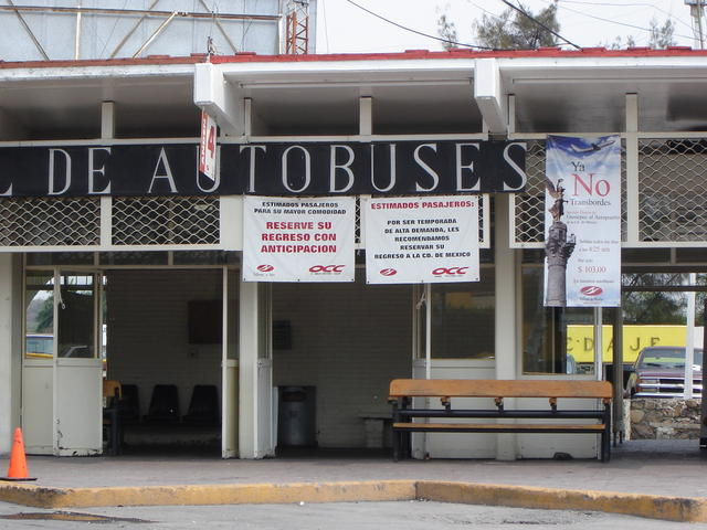 Oaxtepec bus station, just by the main entrance